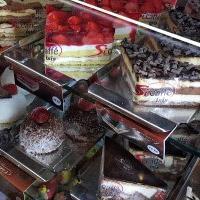 Pochutnejte si na dortech, zákuscích a italské kávě v Palladiu