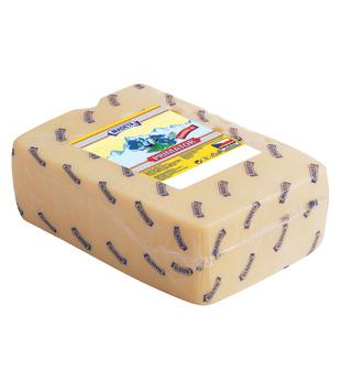 sýr Primator 45%, výkroj