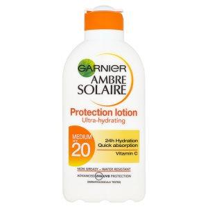 NEPOUŽÍVAT Garnier Ambre Solaire Opalovací mléko OF 20 200ml