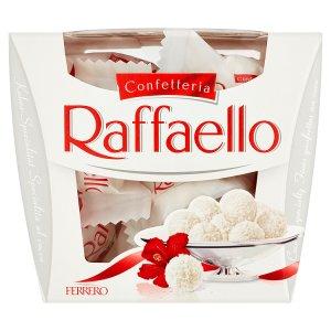 Ferrero Raffaello Oplatka s náplní a celou mandlí zdobená strouhaným kokosem 150g