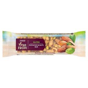 Tesco Free From Tyčinka arašídová s mandlemi a pistáciemi polomáčená v čokoládě 35g