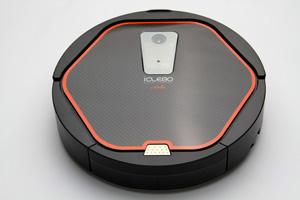Yujin Robot iClebo Arte YCR-M05